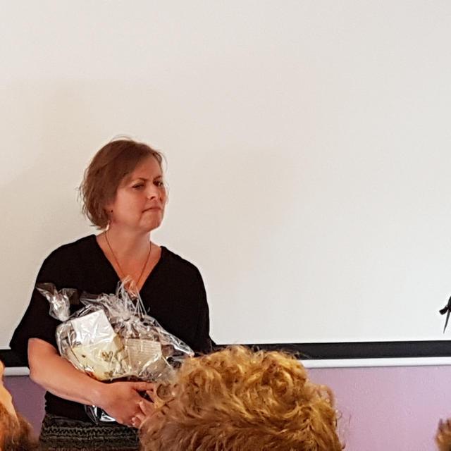 Samuel og Karin Barbé sammen med Peter Skånning